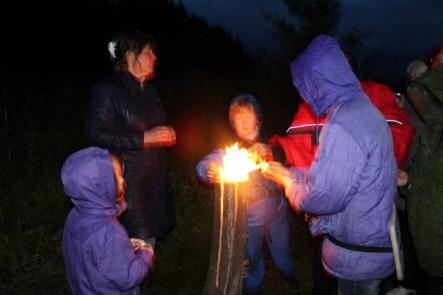 от общего огня зажигаем свечи